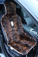 Меховая накидка Автопилот на переднее сиденье из натурального меха Енота. Коричневая.