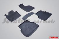 Резиновый коврик Seintex с бортиком для AUDI Q3 2010-
